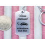 Kép 4/7 - RM alkotóműhely- Vezess óvatosan autót acél medálos kulcstartó
